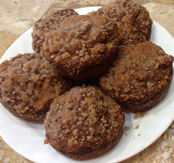 Amazing Applesauce Muffins with Streusel (sugar-free, gluten-free)