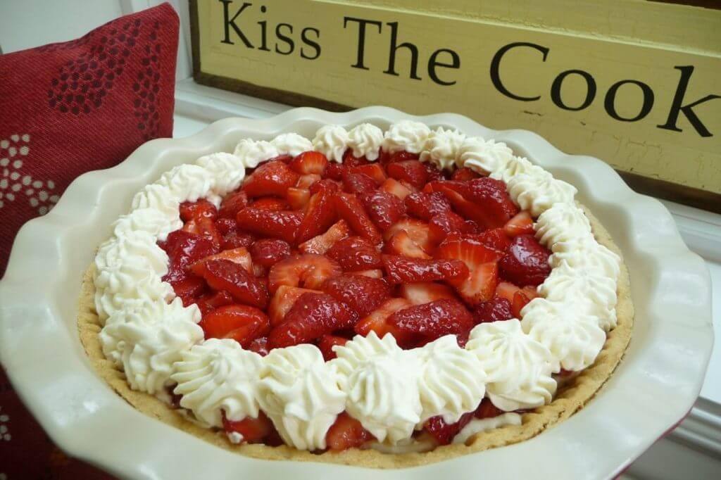 Gluten Free Strawberry Shortcake Pie